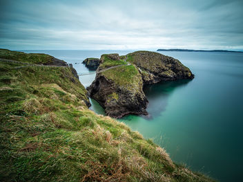The rope bridge - Northern Ireland - Seascape photography - бесплатный image #458319