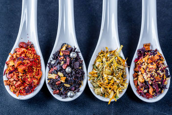Hot-pepper-tea-chamomile-tea and-dried-fruit-teas.jpg - Kostenloses image #458859