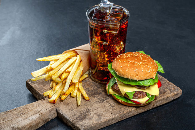 Delicious junk food-Burger, iced drink and fries - Kostenloses image #464059