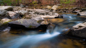 Little Waterfall on the Hawlings River - бесплатный image #465749