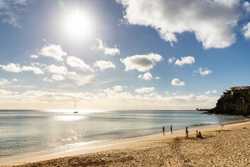 Sunset over the Atlantic Ocean at Playa Morro Jable on Fuerteventura, Canary Islands - image #479919 gratis